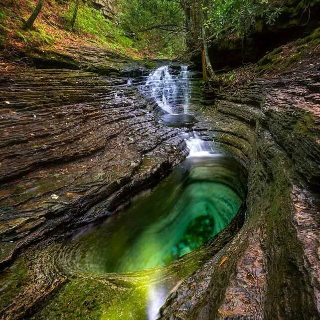 The Devils Bathtub - Hocking Hills State Park
